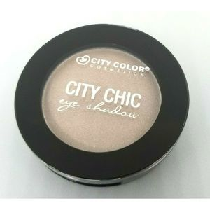❤City Color City Chic EyeShadow in Skinny Latte